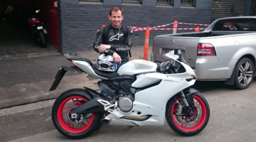 Motorbike Thief Hatches a Clever Plan That Involved The Police To Steal A Ducati