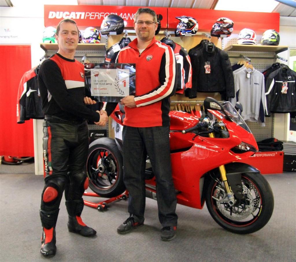 Ducati Uk Present Moto Rapido With Dealer Of The Year Award
