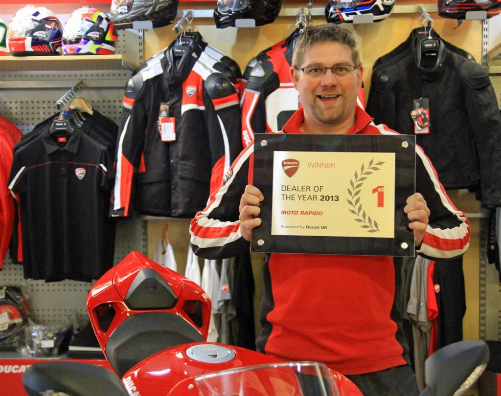 Ducati Uk Present Moto Rapido With Dealer Of The Year Award