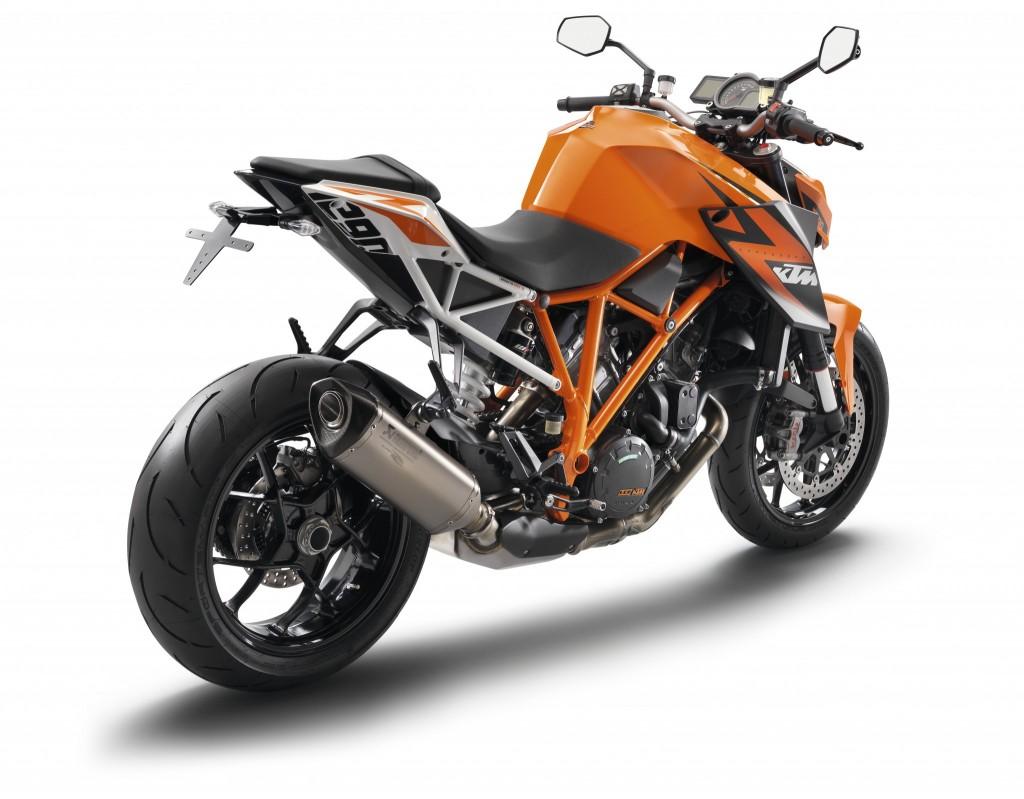 KTM 1290_SUPER_DUKE_R_Orange rear