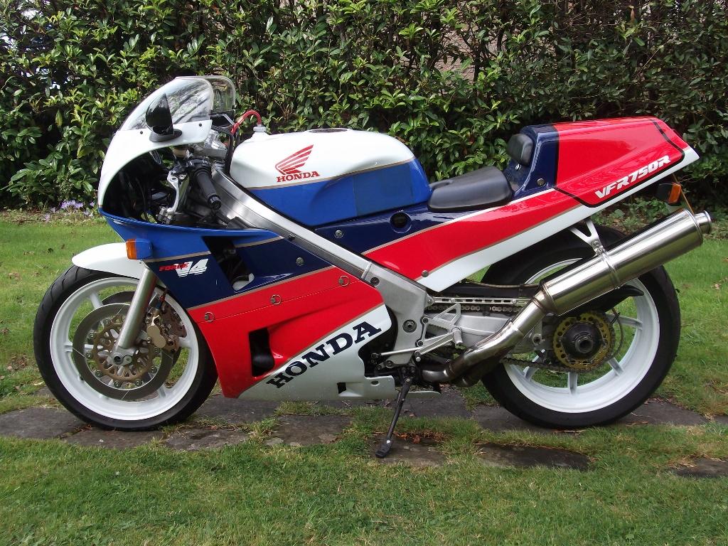 1989 Honda VFR 750 RC30