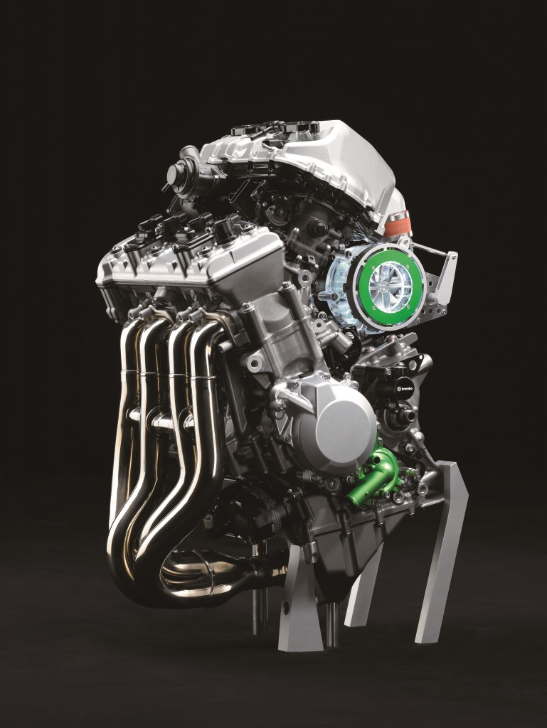 balanced-supercharged-engine-2