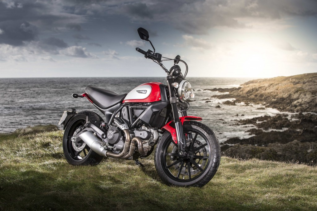 Ducati Scrambler Wins Auto Trader 2015 Best Bike Award